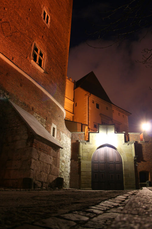 Wawelcastle at night, of course closed...
