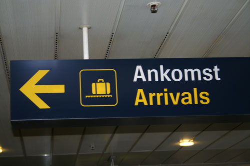 "Ankomst / Arrival (""Ankomst"" sounds very simular to the German word ""Ankommen"", but somehow funny)"