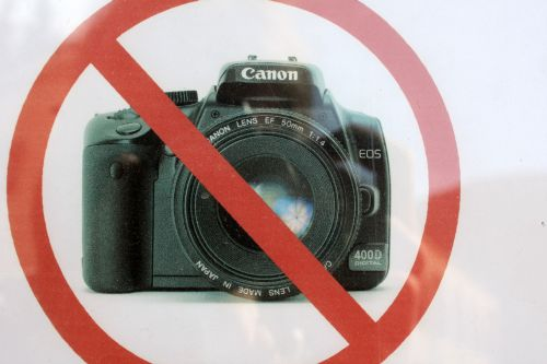 No pictures with Canon EOS 400D - I am happy that I have 450D :-)